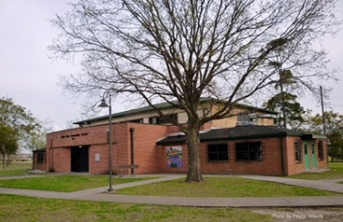 Stude Park Community Center Building