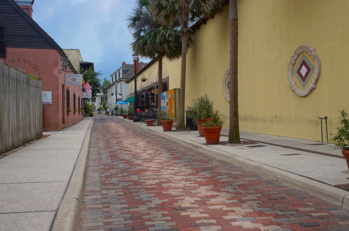 Aviles Street in St Augustine – the oldest street in the USA.