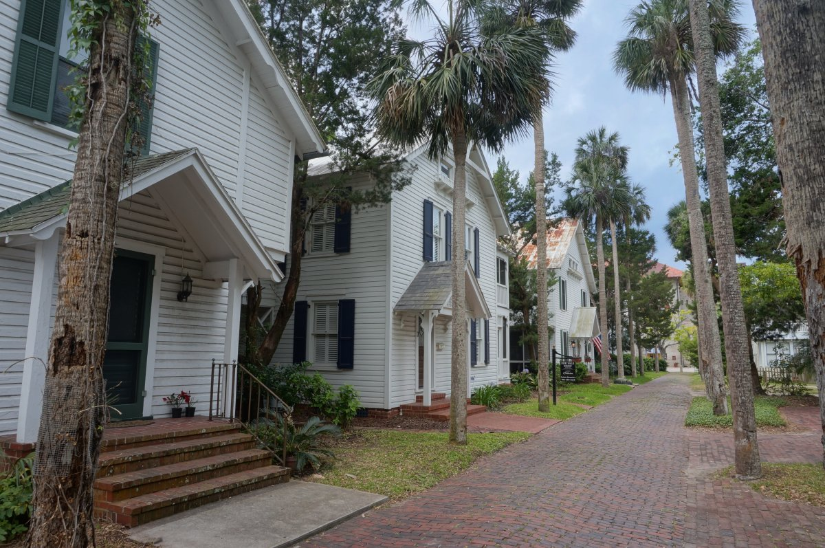 Original Victorian houses still stand on Palm Row.