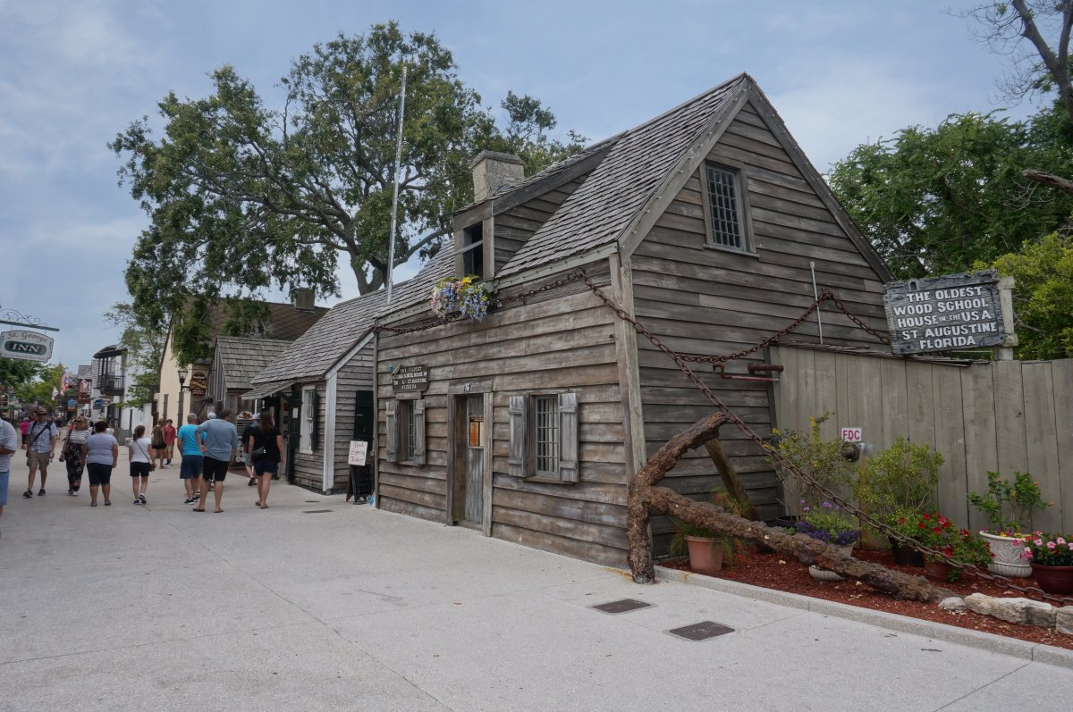 The Oldest wood school house in the USA.