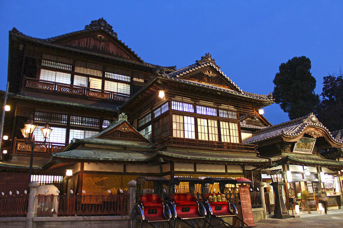 The famous Dogo Onsen Honkan in Matsuyama. Botchan's protagonist often bathed here.