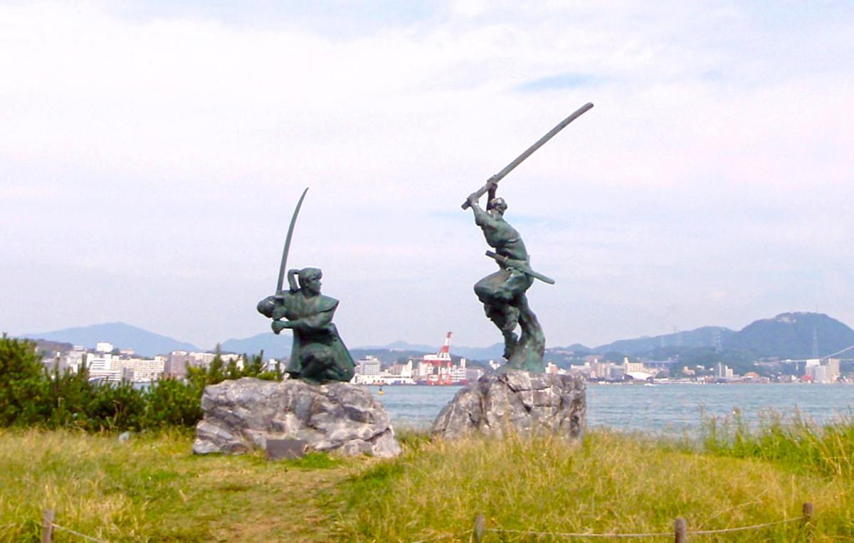 Statues at Ganryūjima commemorating Musashi's famous duel.