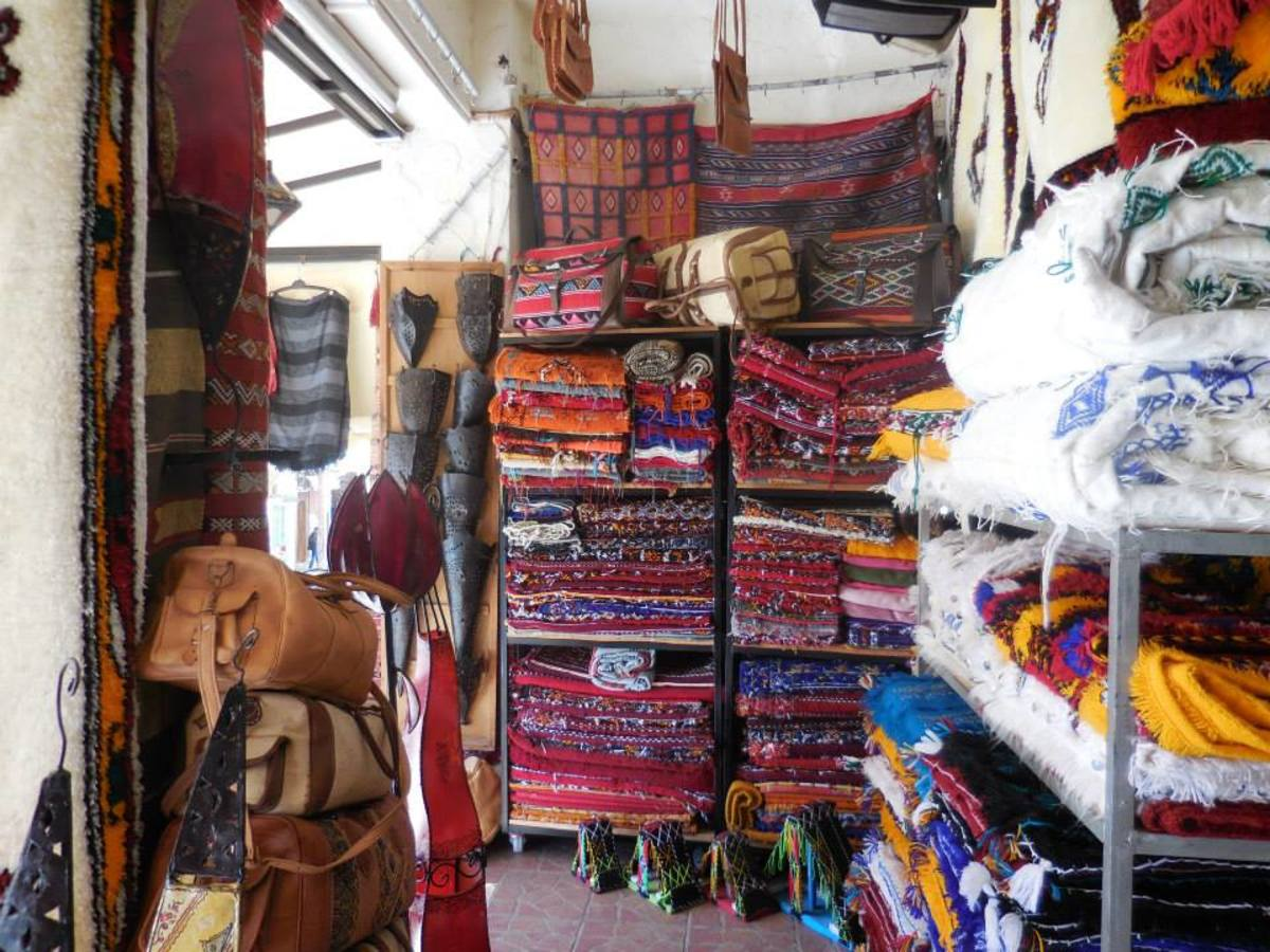 Morocco knows its textiles.  Ifrane, Azrou and Chefchouan have wowed the world with their creations.  Larger cities like Rabat and Fez also have stunning carpets and rugs in the medinas.