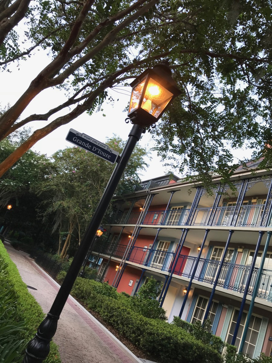 The grounds of Port Orleans French Quarter are clean and serene, making for a peaceful stay.