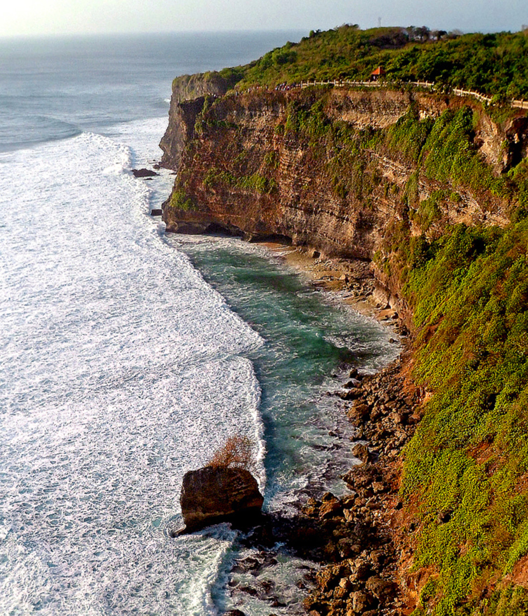 Land and sea, heaven and earth - Uluwatu Temple is a truly captivating place.