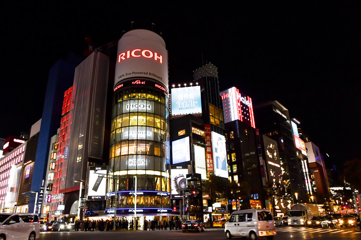 Shopping is one area you needn't worry too much about. Japan's legendary salespeople will do whatever they can to understand you.