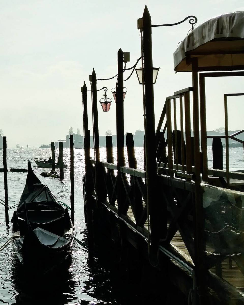 Take pictures of the gondolas near San Marco, but seek your ride elsewhere!