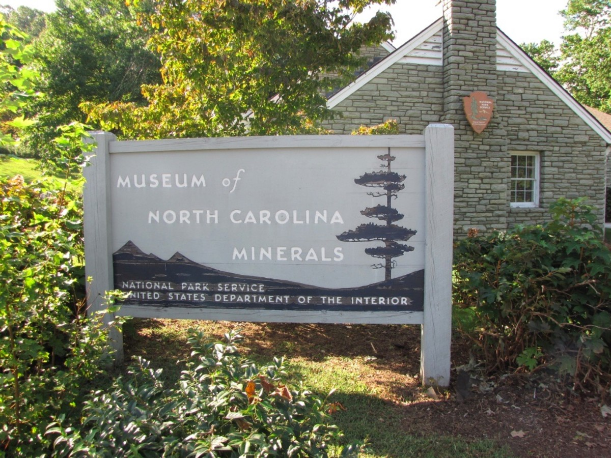 driving-the-blue-ridge-parkway-asheville-to-spruce-pine-north-carolina
