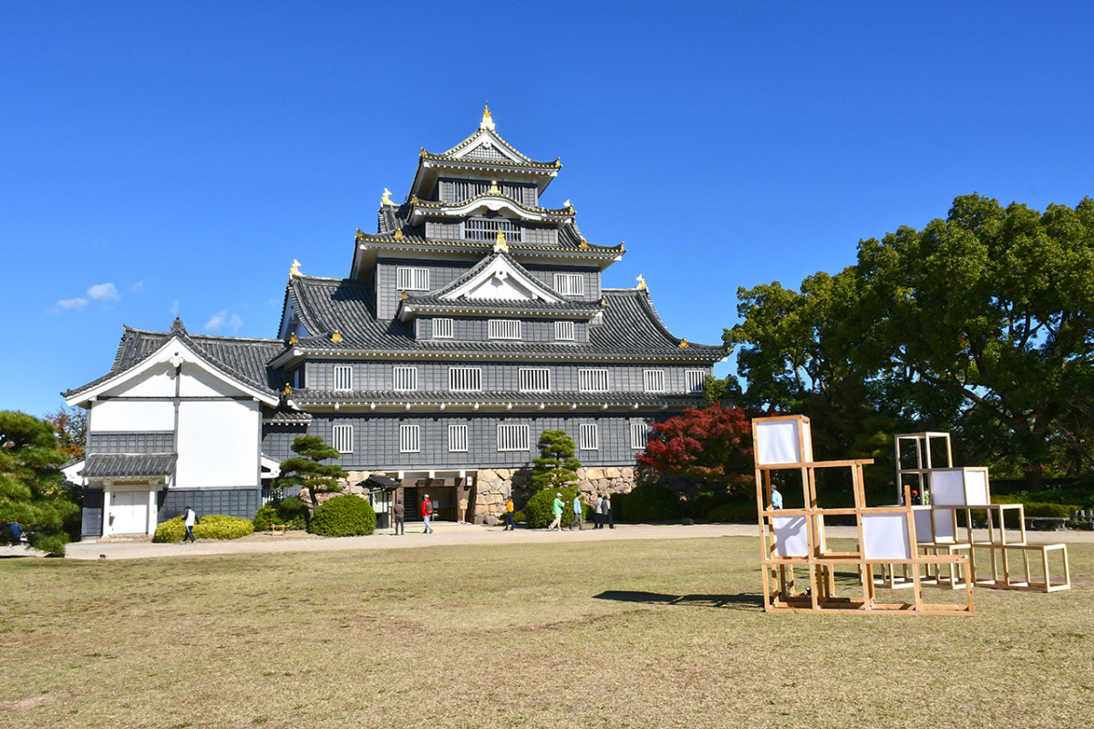 The good news is, reconstructed Japanese castles like Okayama Castle have less steep steps. The bad news is, reconstructed castles are seldom equipped with elevators too.