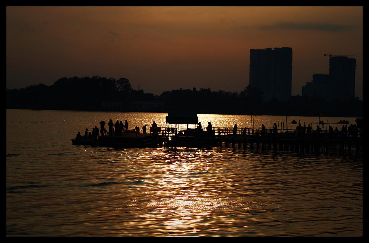 Sunset at Muttukadu Lake