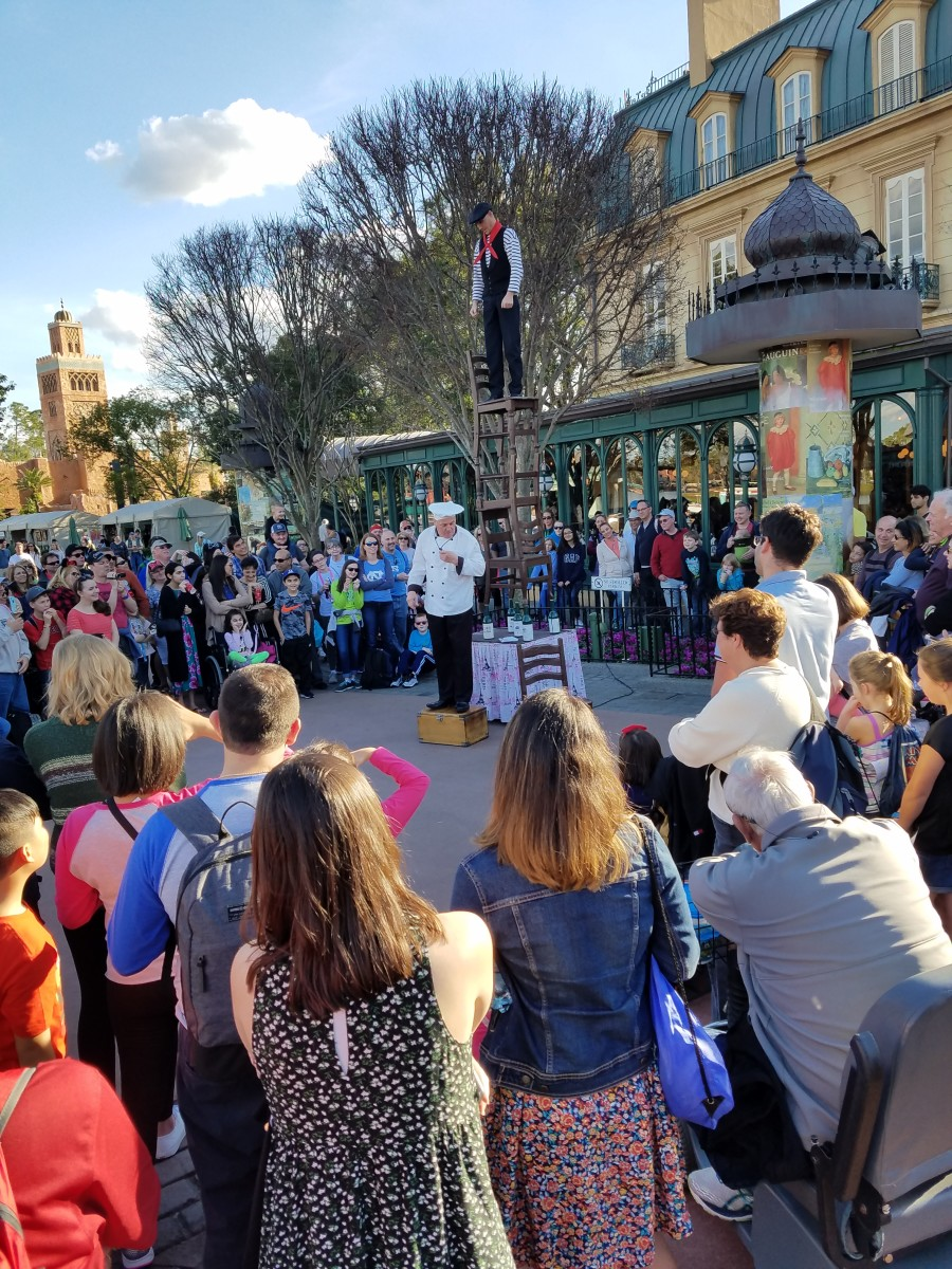 Street entertainment at the World Showcase