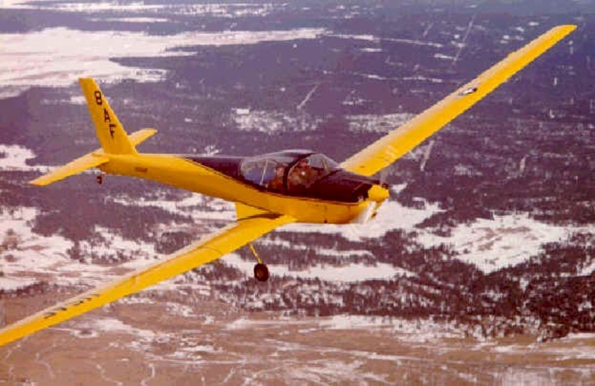 Schweizer SGM 2-37 training motorglider of the Air Force.