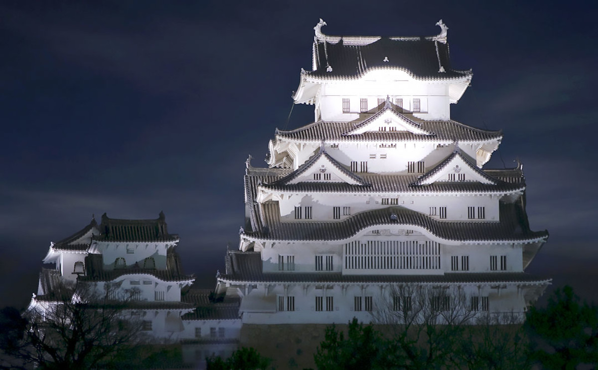 Spectacular Himeji Castle at midnight. The castle is also known as the White Egret.