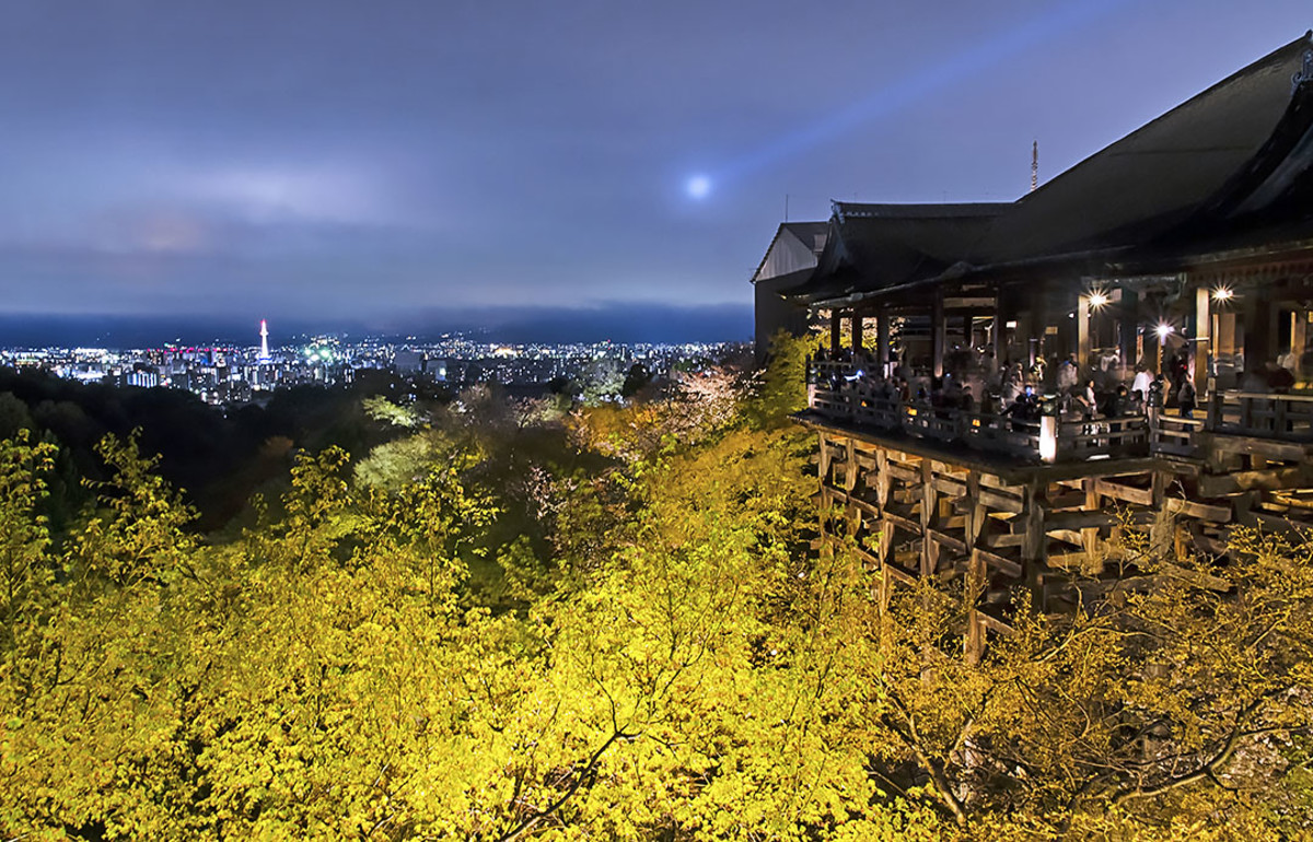 Kiyomizu Temple terrace during early evening. One of the spectacular sights of Japan's Kansai region.
