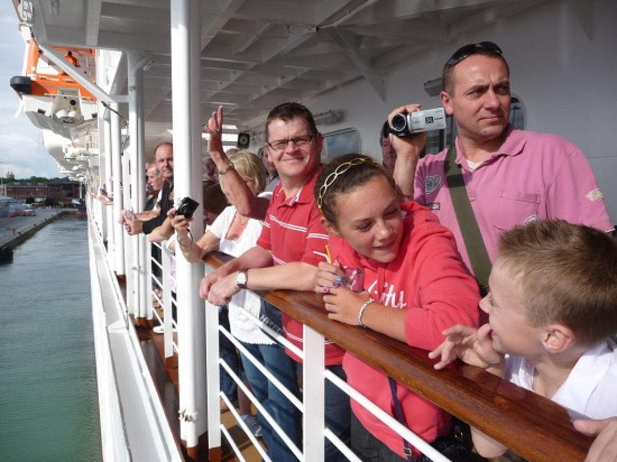 After Lifeboat Drill all passengers are invited for drinks on the Promenade Deck to watch the Sailaway.