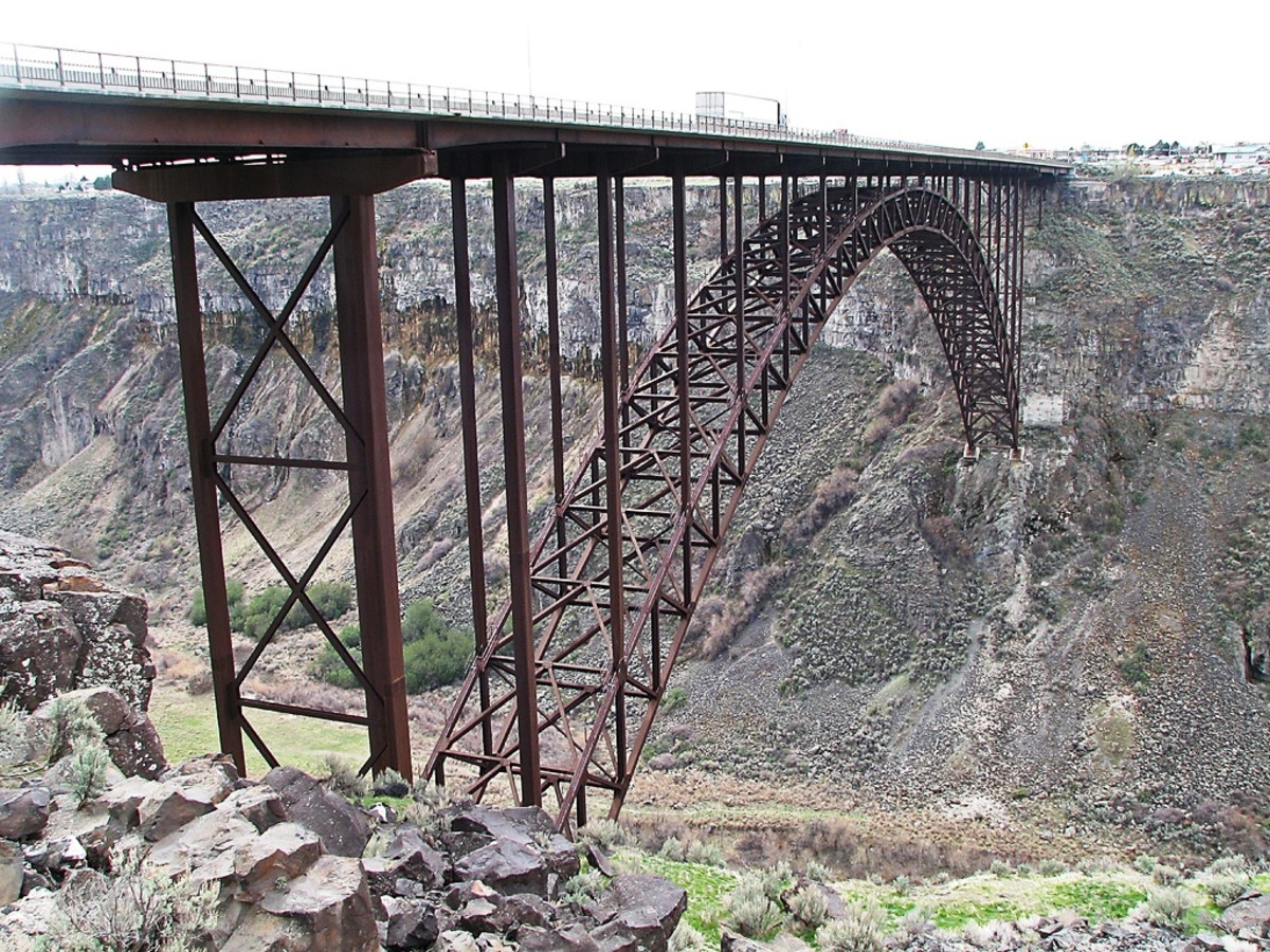 Base Jumper getting ready to jump from Perrine Bridge in Twin Falls, Idaho.