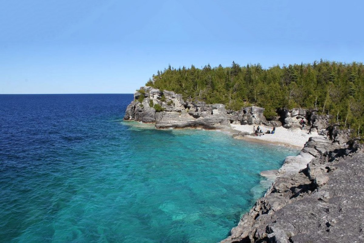 The Grotto @ Bruce Peninsula National Park, Ontario, Canada