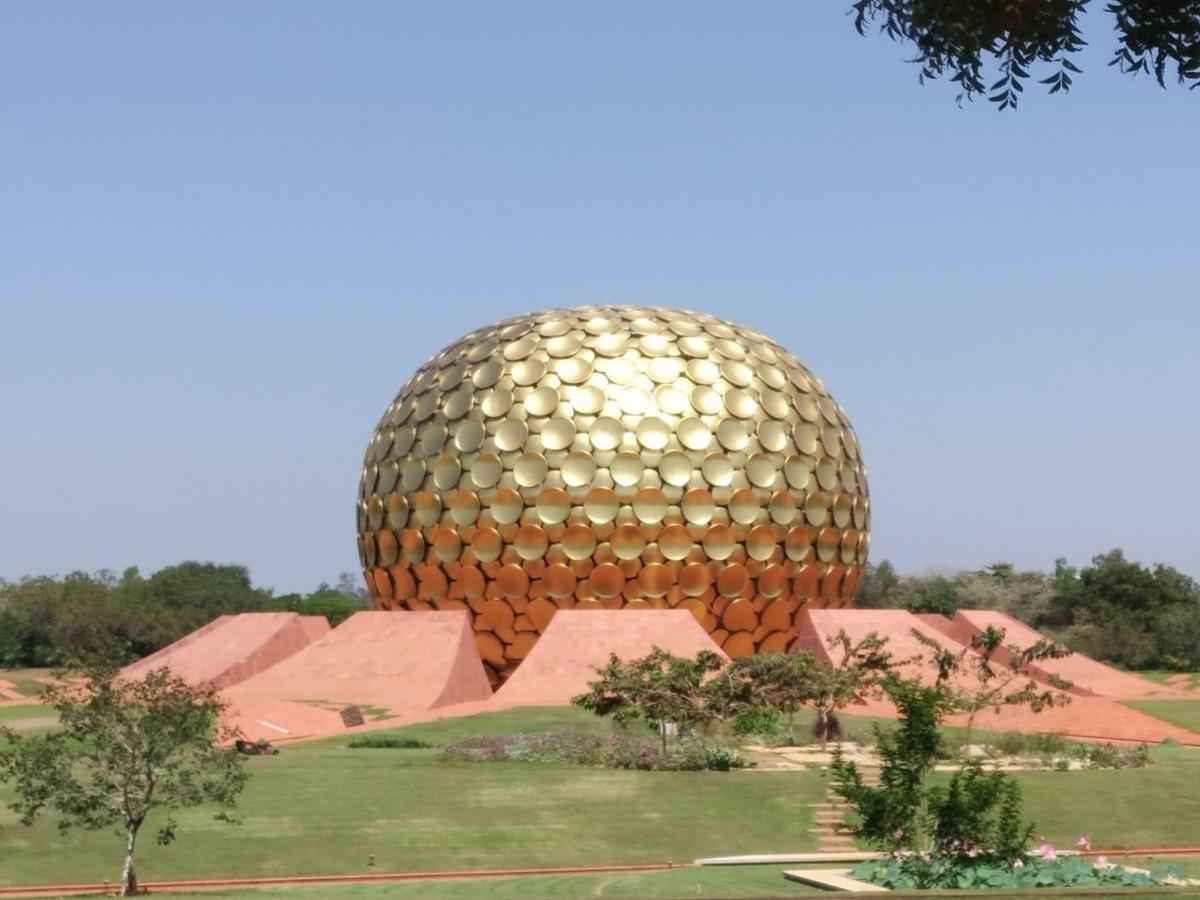 Matrimandir, Auroville.