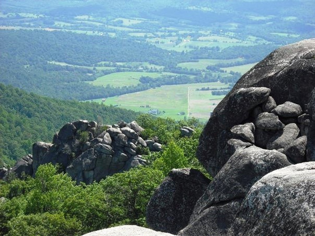 Old Rag Mountain Summit in Shenandoah National Park