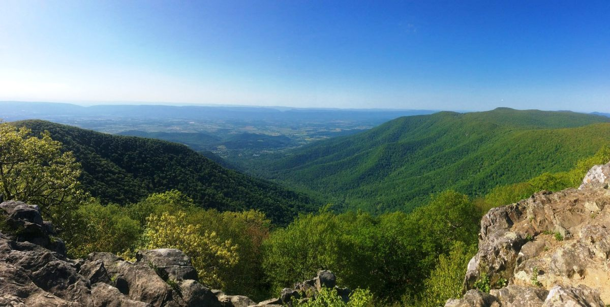 View from Hawksbill Mountain Summit in Shenandoah National Park