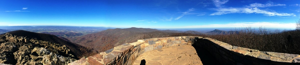 Hawksbill Mountain Summit in Shenandoah National Park