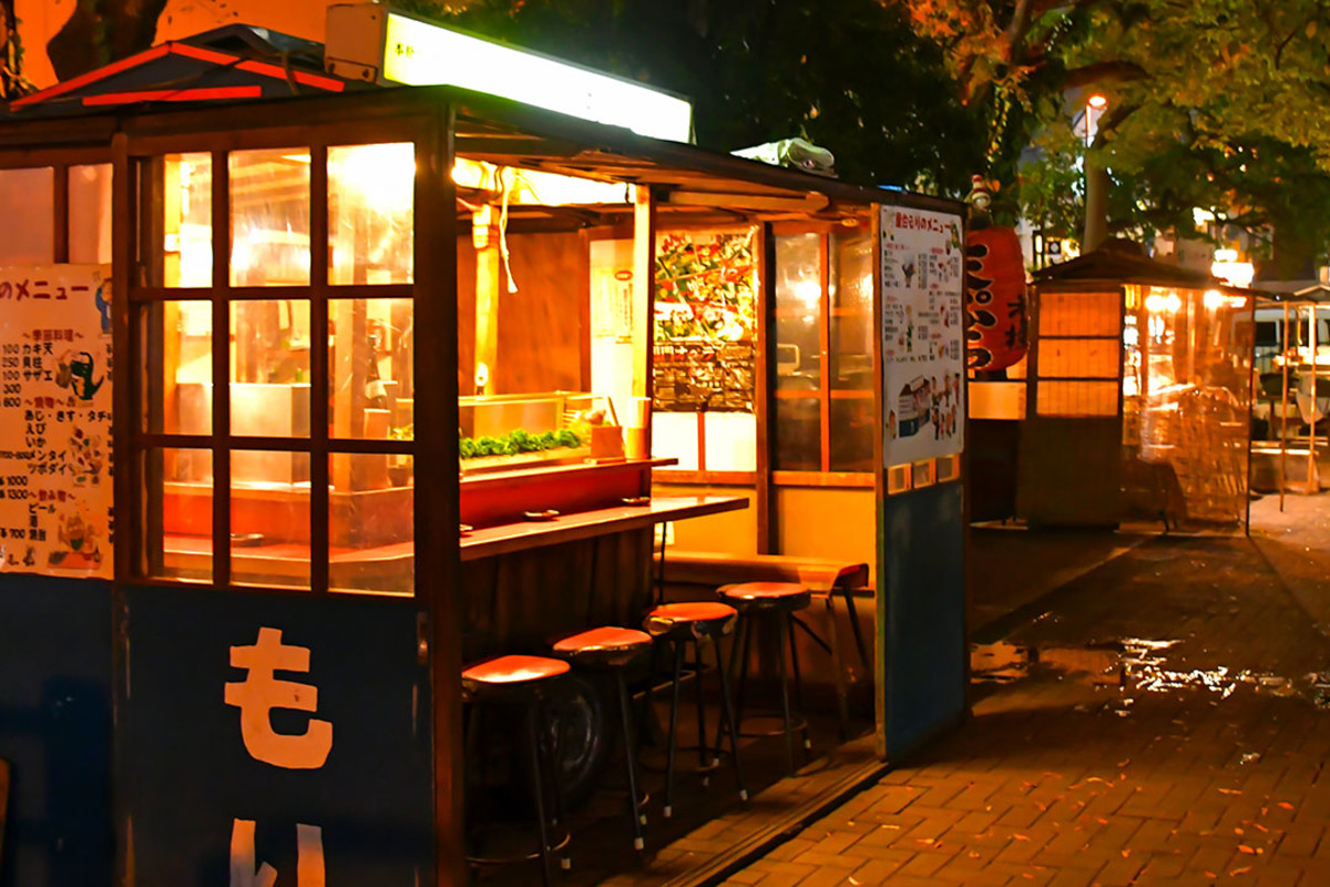 The yatai food stalls, a world-famous Fukuoka attraction, were still in the midst of preparation when I reached.