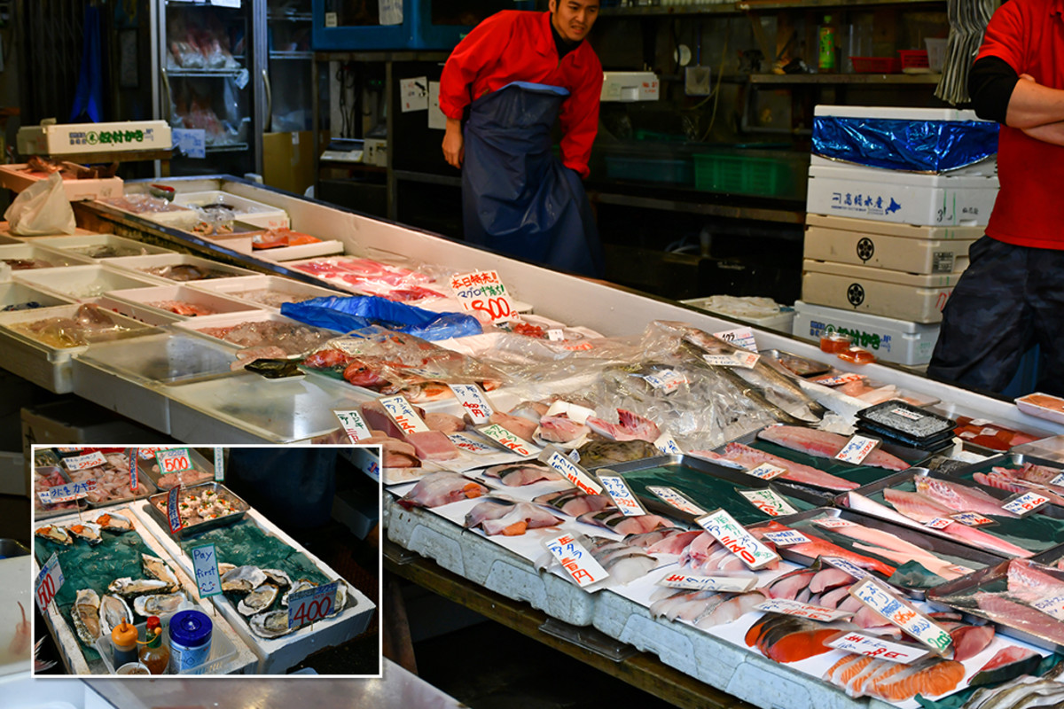Fish and ocean produce store.