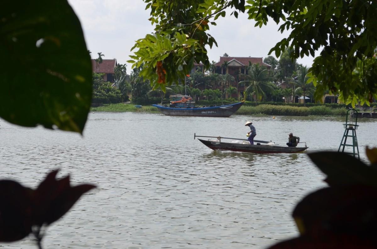 Life on the Thu Bon River (c) A. Harrison