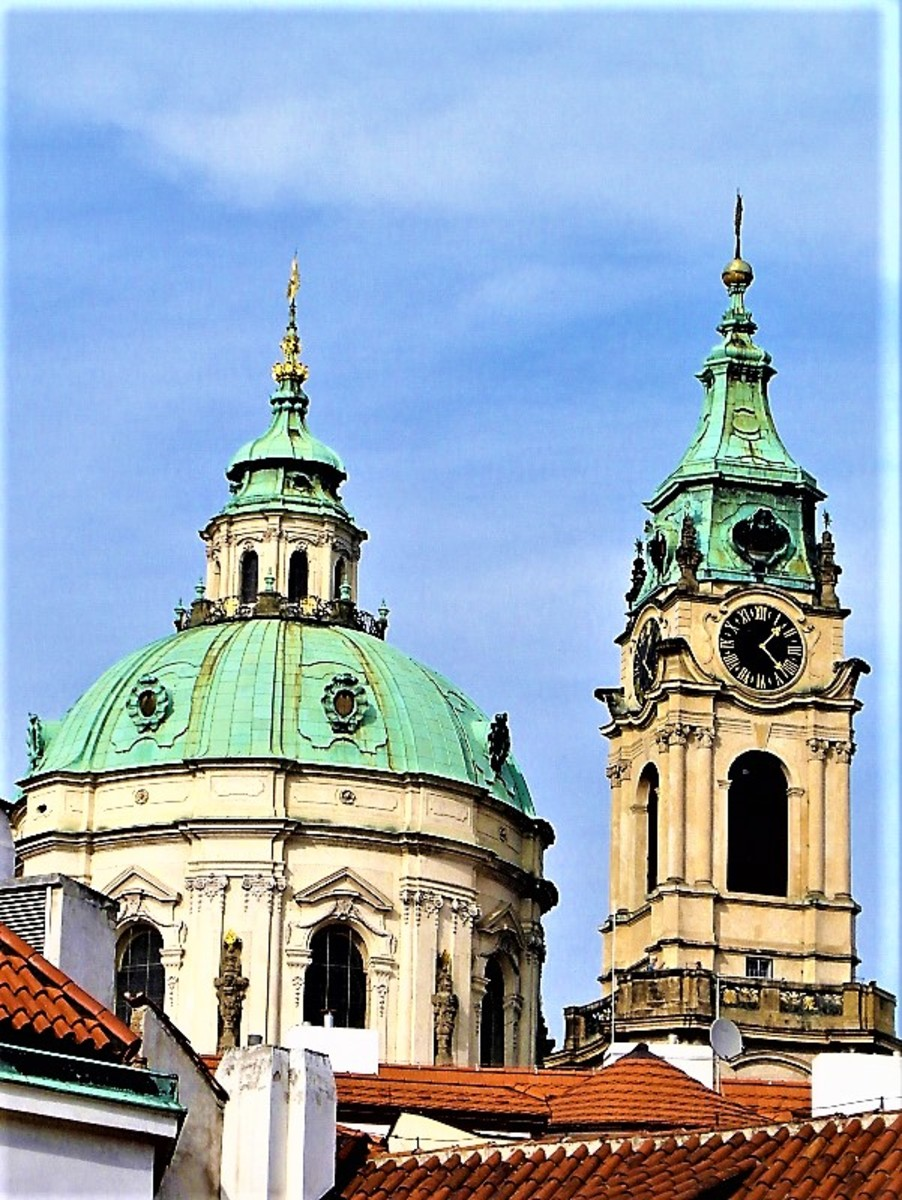 The dome and tower of the Church of St. Nicholas.
