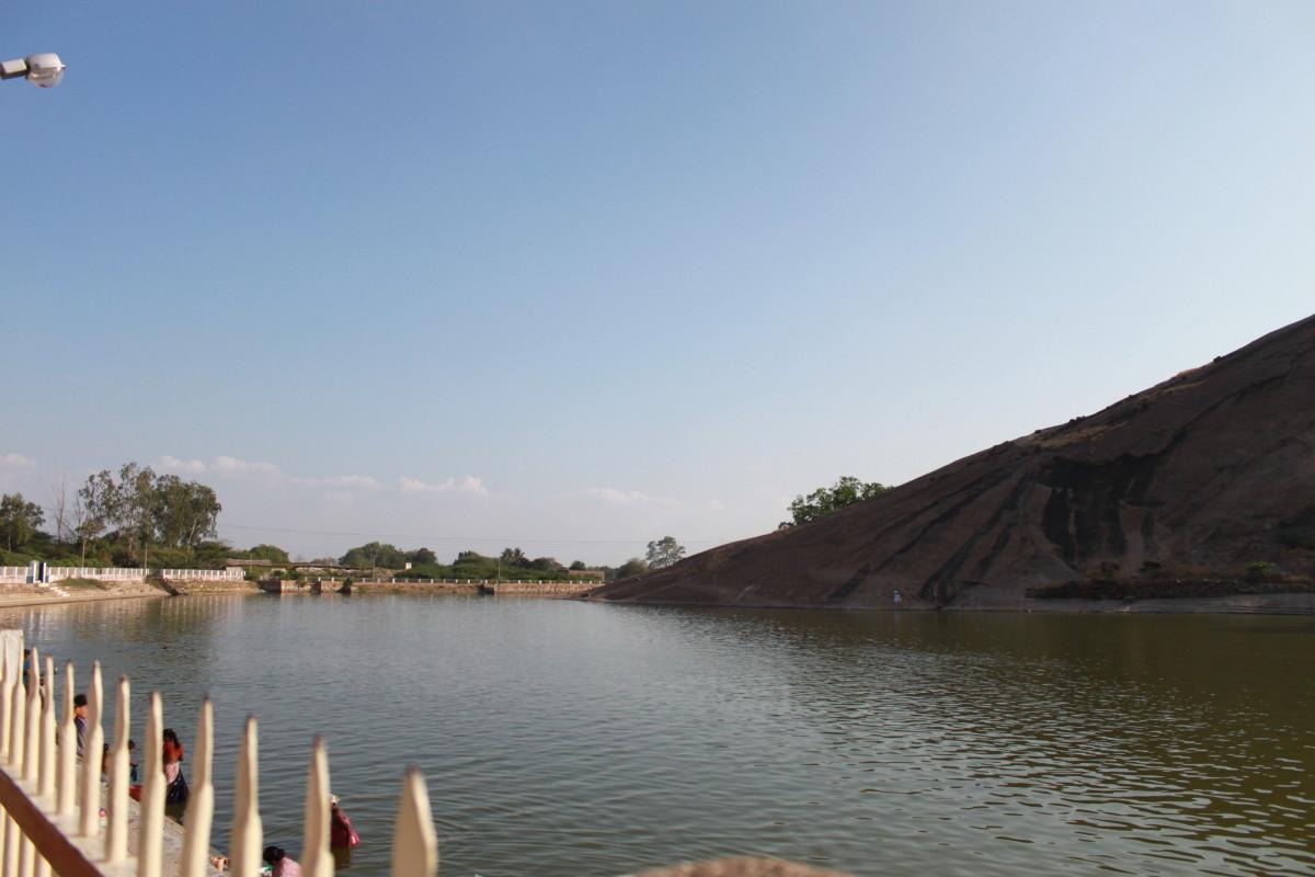 Saravana Poigai, Thirupparankundram