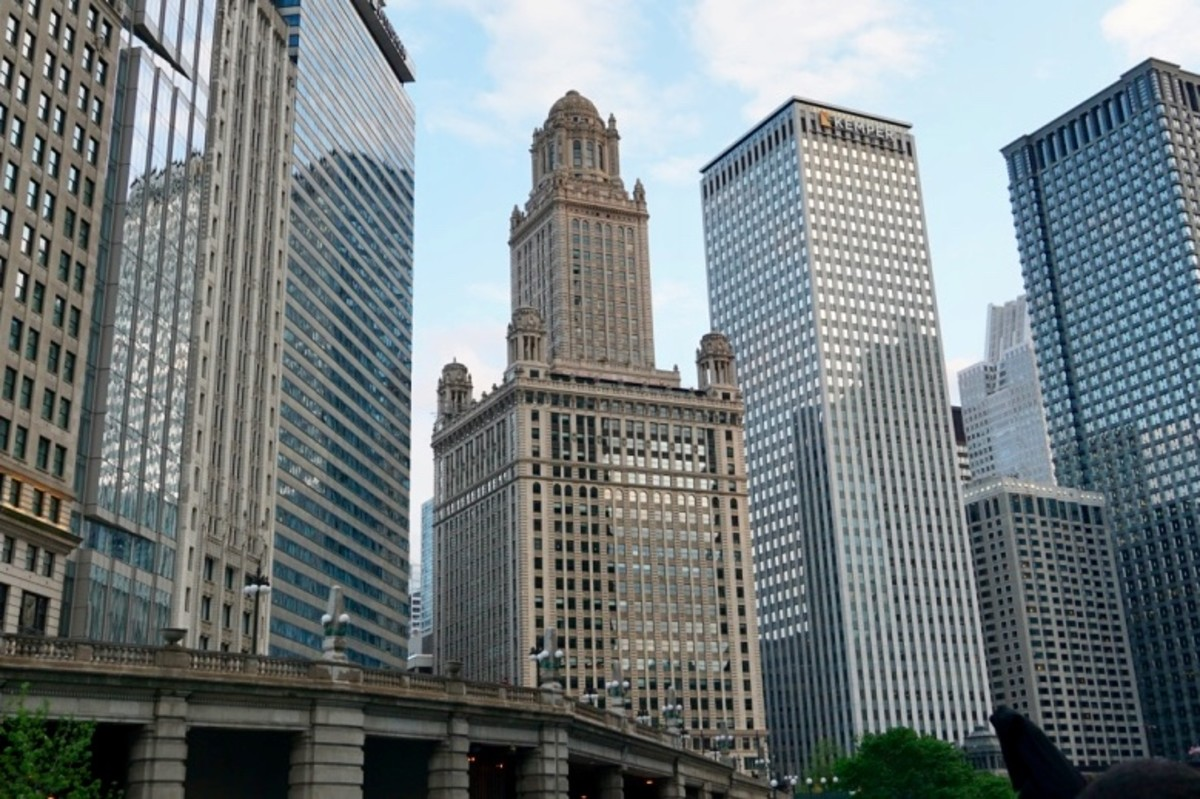 The Jewelers Building - 35 East Wacker Drive