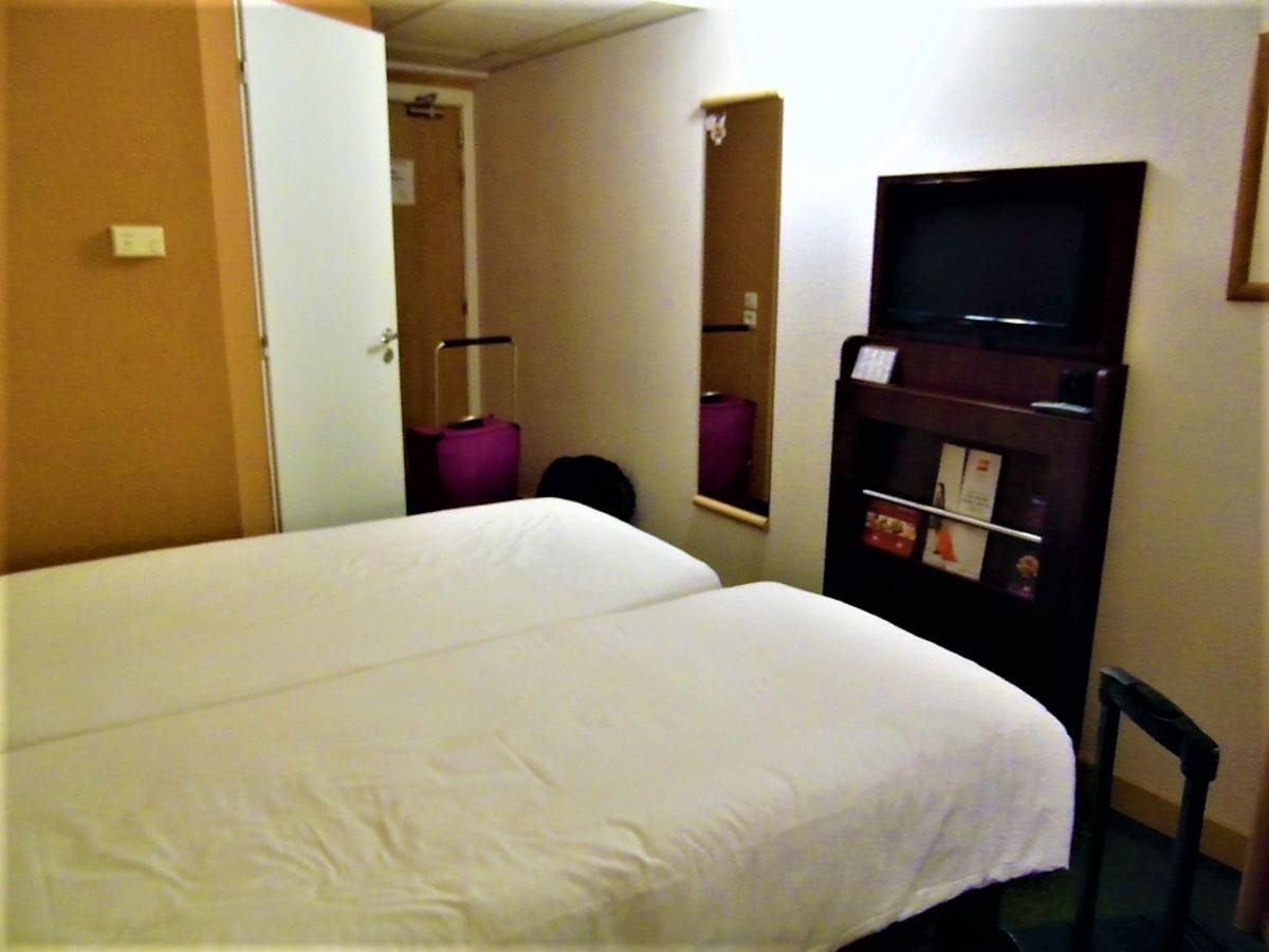 Room 435.
