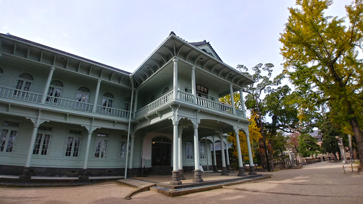 The Kounkaku. This is a Meiji Period structure near Matsue Castle keep that contains historical exhibits and a tea room.