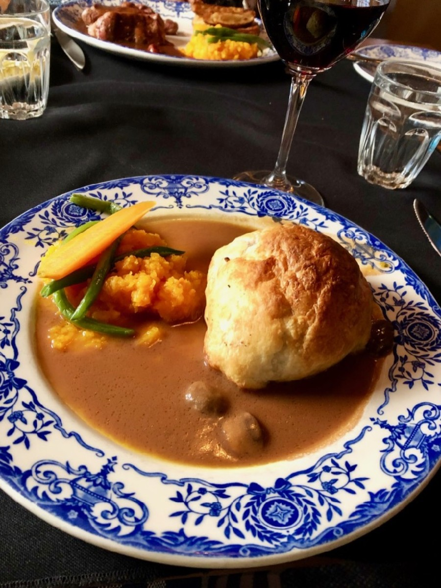 Beef Wellington at Aux Anciens Canadiens