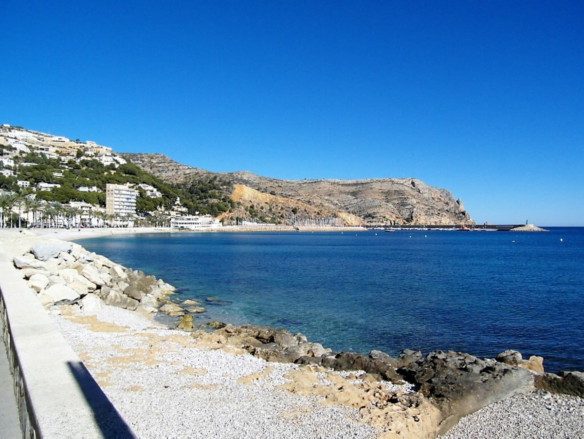 Looking towards Xabia port with Cap de Sant Antoni behind.