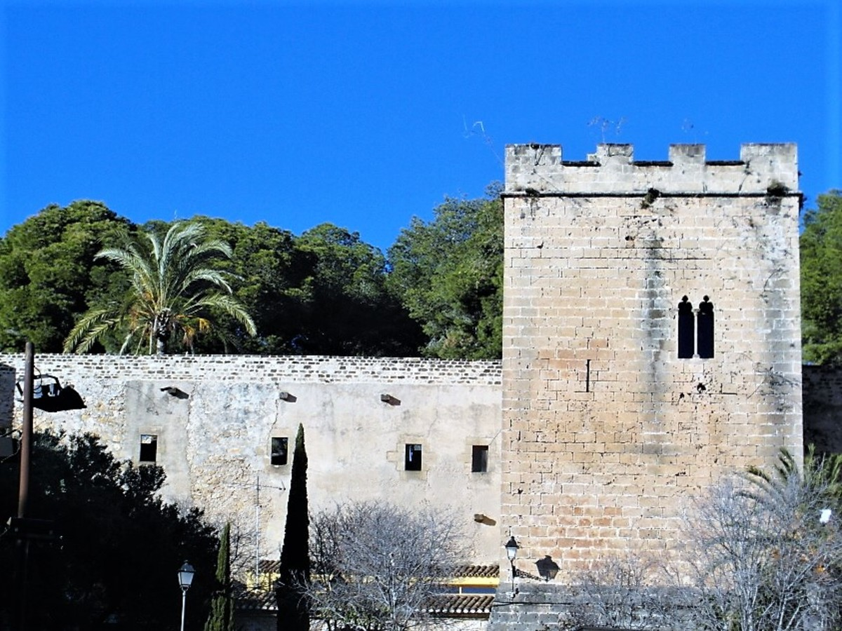 Denia Castle.