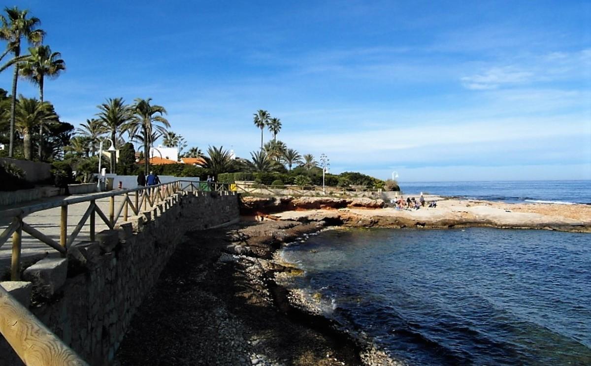 The coastal path.