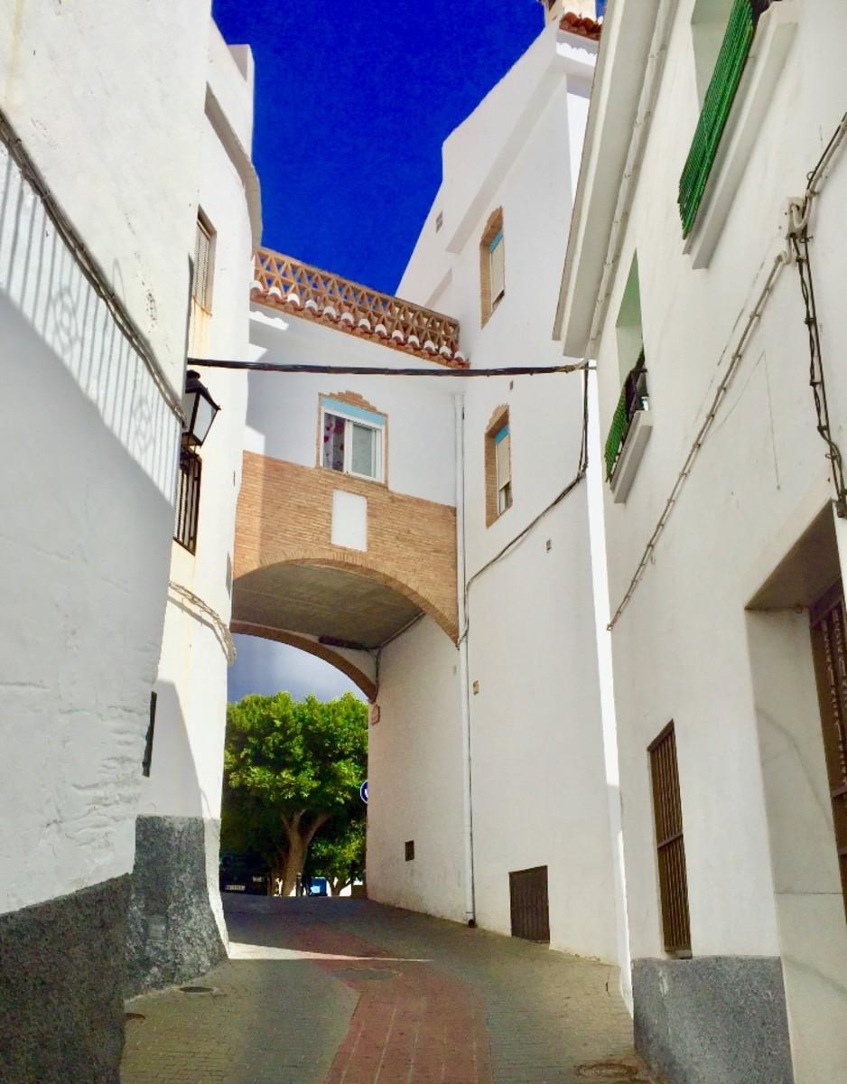 Entrance to Plaza Andalucía