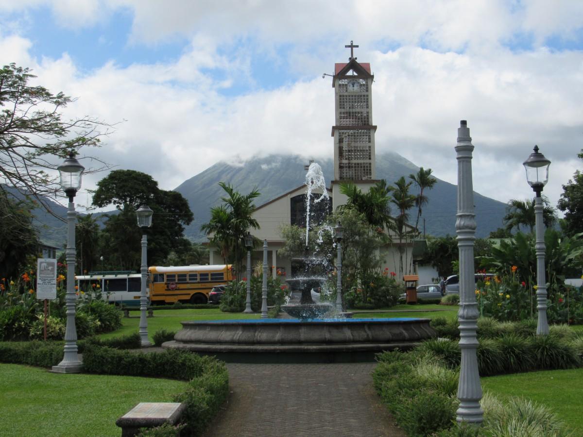 Plaza In La Fortuna