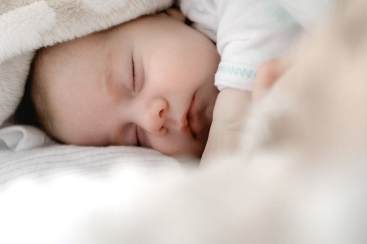 Before taking your baby on board, carefully consider your cabin's sleeping arrangements to ensure that both you and your baby get a good night's sleep.