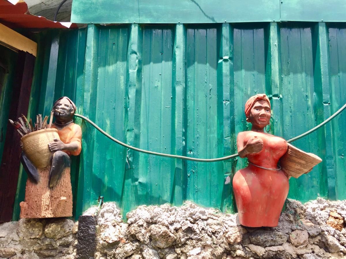 Beautiful handmade sculptures in wood.