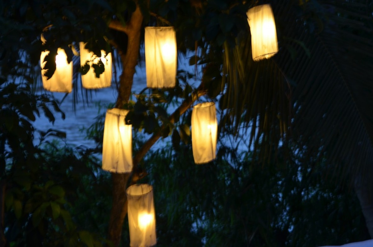 Night lights of Luang Prabang (c) A. Harrison