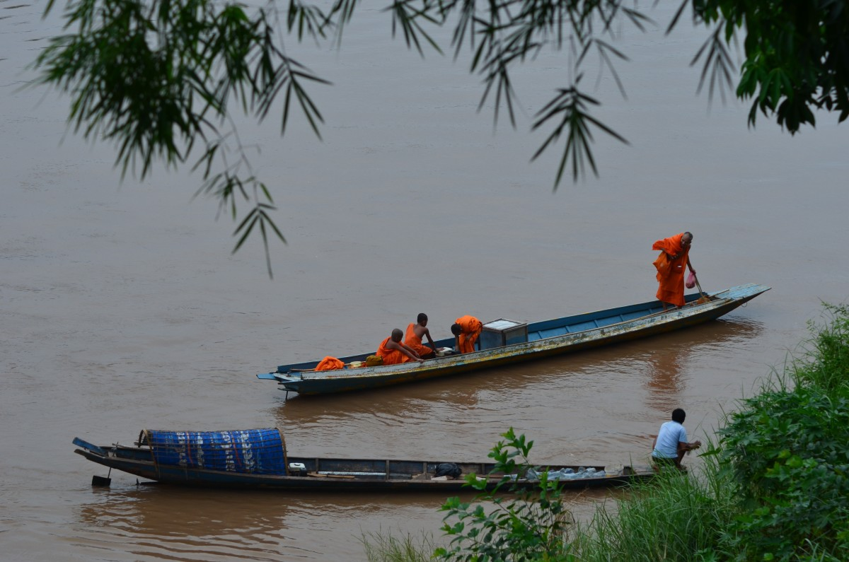Monks on the Mekong (c) A. Harrison