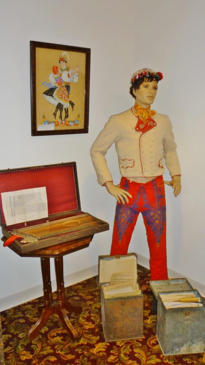 Kroj & Zither on display