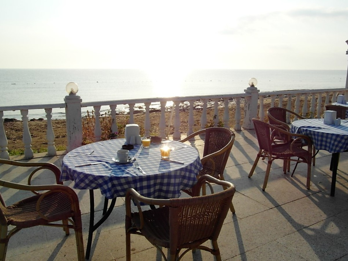 Breakfast with a sea view.