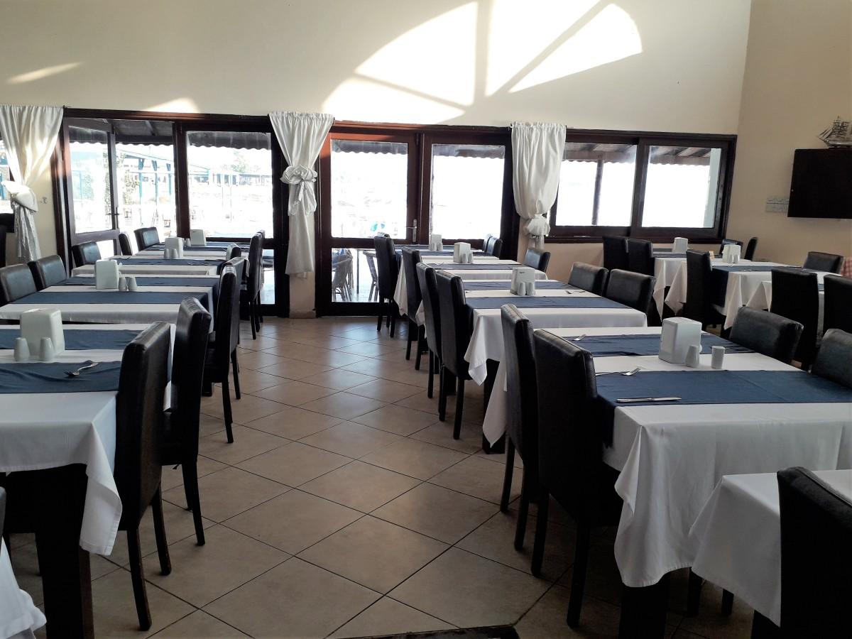 No shortage of tables.