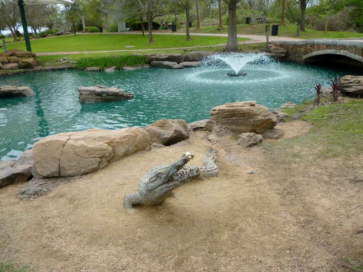 Sculpture of Alligator