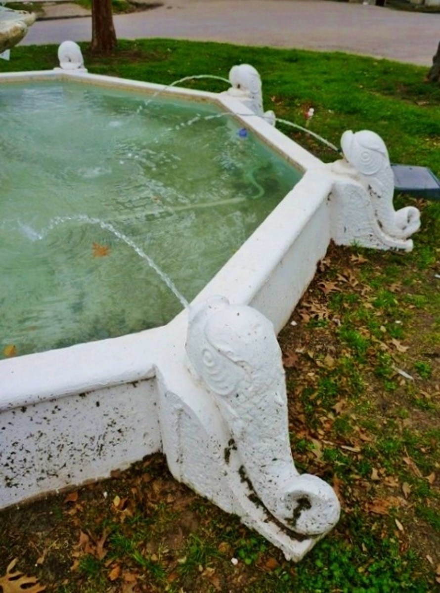 Photo of a portion of the antique dolphin fountain