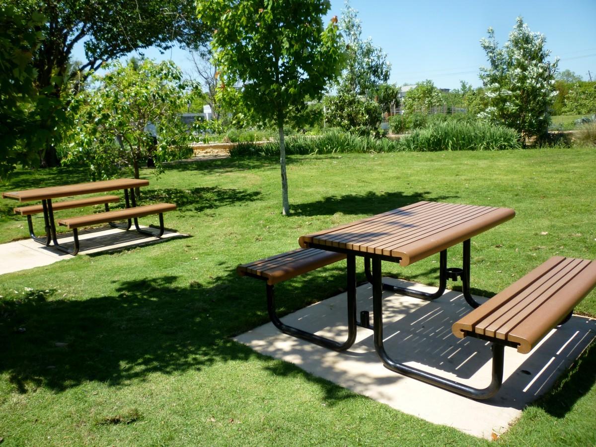 Picnic Tables in Mandell Park