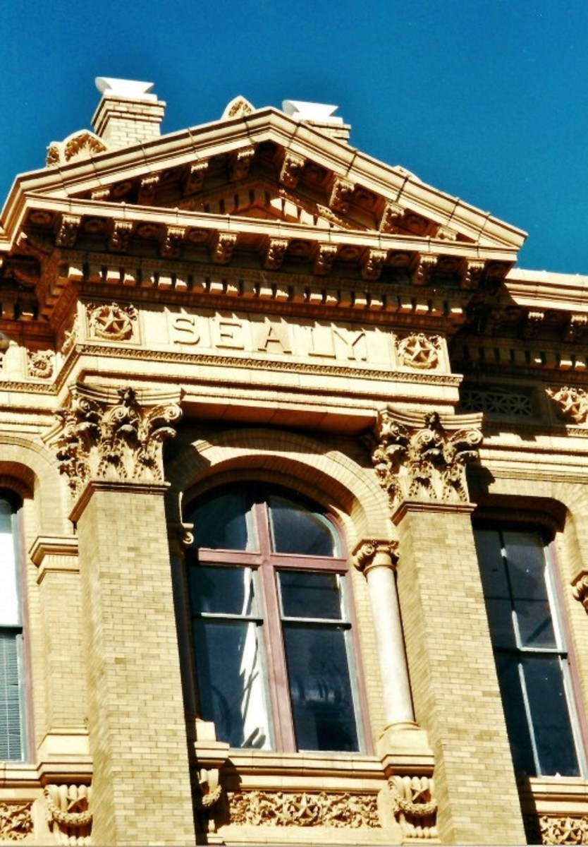 Detail of Sealy building in Galveston